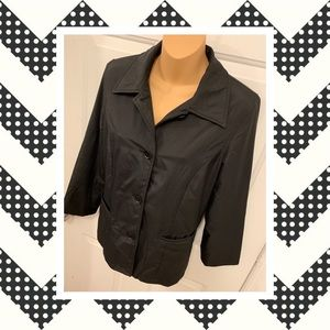 Ann Taylor water resistant jacket